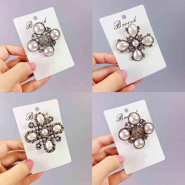 Commercio all'ingrosso retro moda di cristallo spille di perle numero 5 design spilla pin per le donne ragazza vestito accessori cappotto gioielli