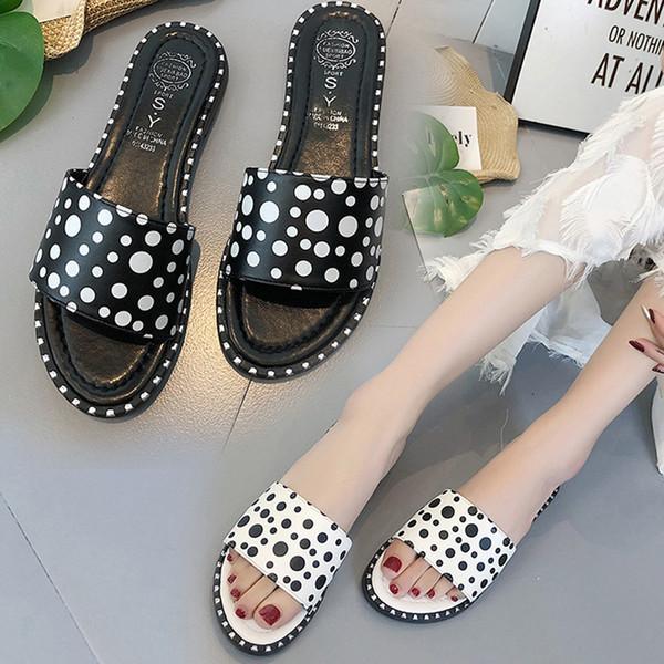 Pantofole da spiaggia piatte per donna estate estate Pantofole per diapositive puntini femminili per ragazze Calzature per il tempo libero antiscivolo