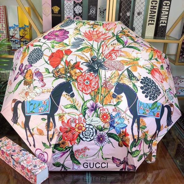 Mode Benutzerdefinierte Frauen Regenschirm mit UV-Schutz Wasserdichter Sonnenschirm für Luxus Lady Flower Birds Logo Print Drei Taschenschirme