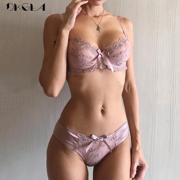 New Fashion Embroidery Lingerie Set Women Bras C D Cup Plus Size Underwear Set Sexy Black Transparent Bra and Panties Sets Lace