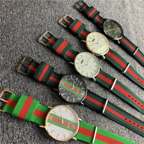 Orologi 2019 nylon cinghia di modo orologio al quarzo rosso e verde a strisce nastro colorato orologio da polso di lusso delle donne degli uomini Military Watch B82703