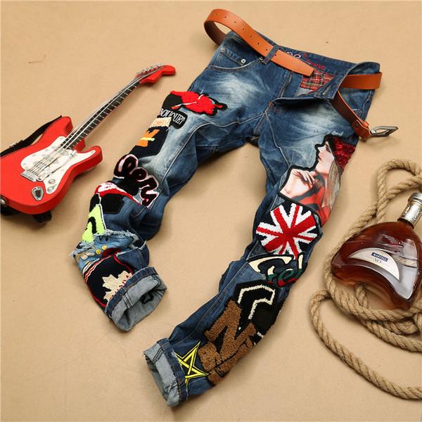 2019 nouvelle marque de mode de style européen coton Patchwork Denim Pantalons Multi Badge broderie Jeans De Luxe Slim Jeans Droit