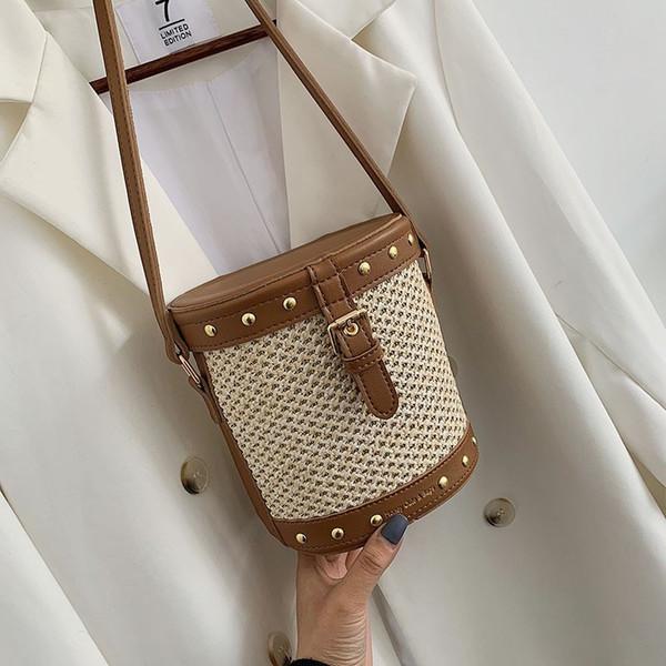 Sacs à main de luxe Femmes Sacs Designer d'été Les filles d'épaule sac à bandoulière dames Sacs à main Sac en paille pour femmes 2019 Porte-monnaie C17