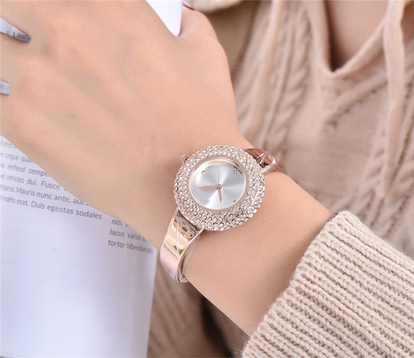 Fashion Womens Diamond Watch 34mm Simple Joker Lady Quartz Watch Stainless Steel Gold Red Black Watch Christmas Gift