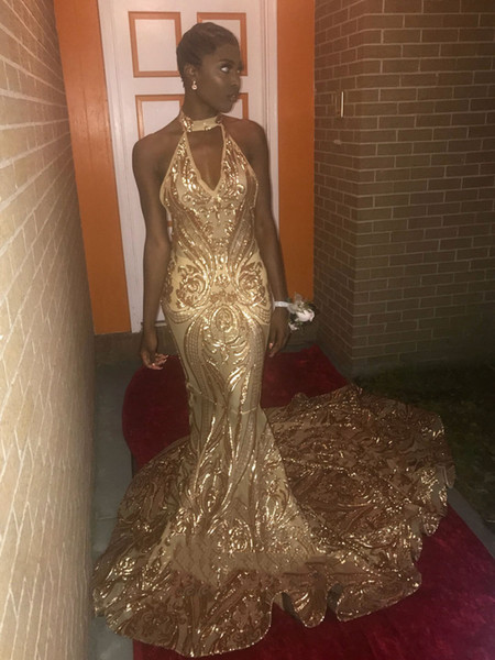 2019 Sexy Prom Dresses Mermaid Lace Halter V Neck Sweep Train Backless Black Girls Evening Dress Gold Formal Dress DP0379