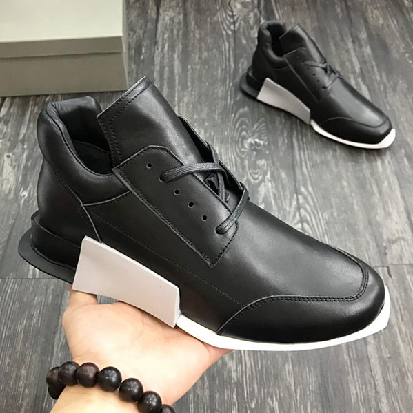 2018 American luxury brand trend men's sports shoes with exquisite outsole leather strap design high-grade outdoor casual running qu