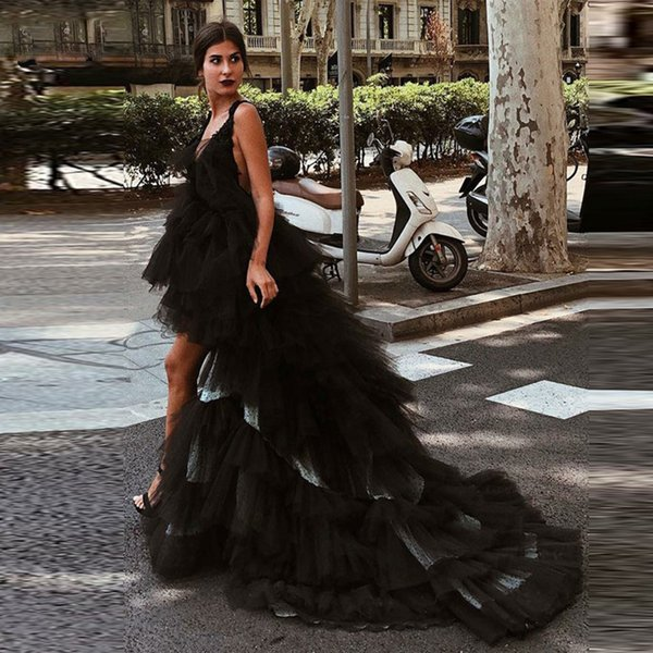 Sexy Black High Low Prom Dresses 2019 Spaghetti Strap Ruffles Tiered Skirt Tulle Evening Party Gowns Sweep Train Special Occasion Dress