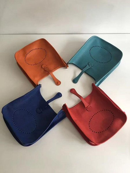 2018 New Women Shoulder Bag Genuine Leather H Hole Fashion Trend Shoulder Bag Lady Lichee Pattern Crossbody Bag Size 30cm