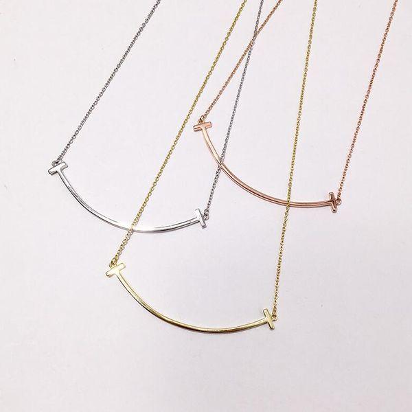 Zarif ve şık T şeklinde parlak hiçbir elmas büyük gülümseme kolye üç renk takı seviyorum