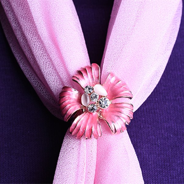 New Style fashion Flower Pins inlaid Crystal Brooches cat's eye stone Flower Pins Scarf Three Buckle Ring Clips Women's gift 10pcs/lot