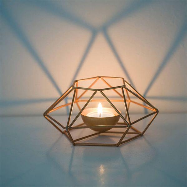 Metall Geometrie Beleuchtung Kerzenhalter Linie Pricket Delicate Home Schmücken Hyaline Candler Originalität Reine Farbe Heißer Verkauf 11 79lpE1