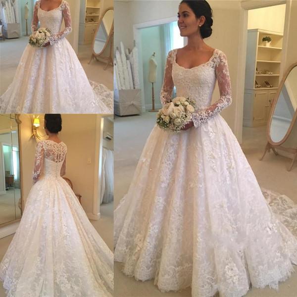 Discount Vintage Long Sleeve Lace Wedding Dresses Scoop Neckline Button Back Appliques Beaded Sweep Train Bridal Gowns Vintage Designer Wedding
