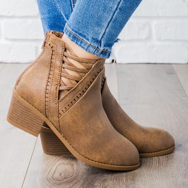 LOOZYKIT 2019 Nuevos tacones bajos Botas de tobillo para mujer Punta puntiaguda Plataforma hueca Zapatos brogue Slip casual en zapatos de cuero Botines Mujer