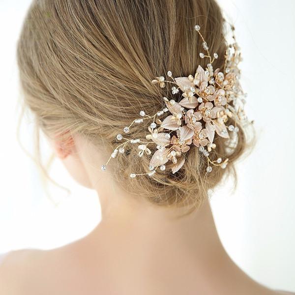 Großhandel Luxury Golden Hochzeit Haarschmuck Perle Haarschmuck Metallblumen Handgemachte Kamm Kopfbedeckung Für Frauen Ornament Von Ximamout 3644