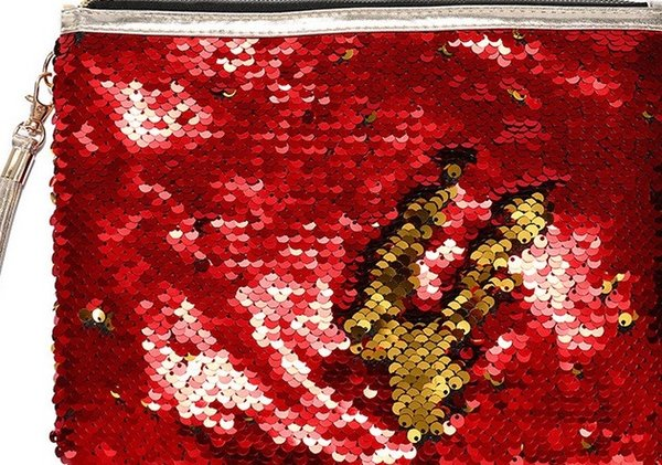 أحمر + ذهب
