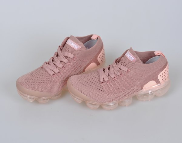 2018 Çocuk Koşu ayakkabı Üçlü siyah Bebek Sneakers Gökkuşağı Çocuk spor ayakkabı kız ve erkek Yüksek kaliteli Tenis eğitmenler