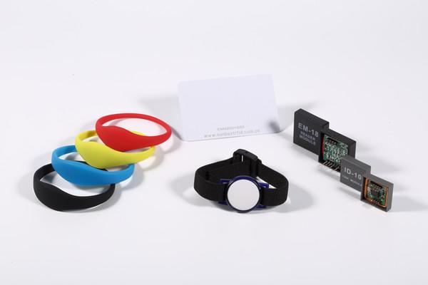 Toptan Satış - Toptan-100PCS / LOT çoklu renkler 13.56MHz mifare silikon RFID Bileklik Yüzme Havuzu Spa GYM için Ayarlanabilir yetişkin çocuk RFID Bilezik
