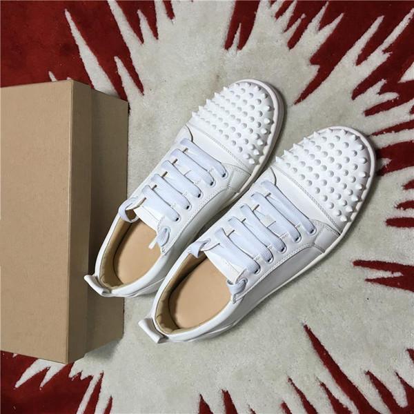 2019 nuevos hombres y mujeres zapatillas de deporte del diseñador famoso diseñador de la marca de fondo de color rojo para hombre de los zapatos de lujo de cuero genuino, blancos planos del dedo del pie con púas