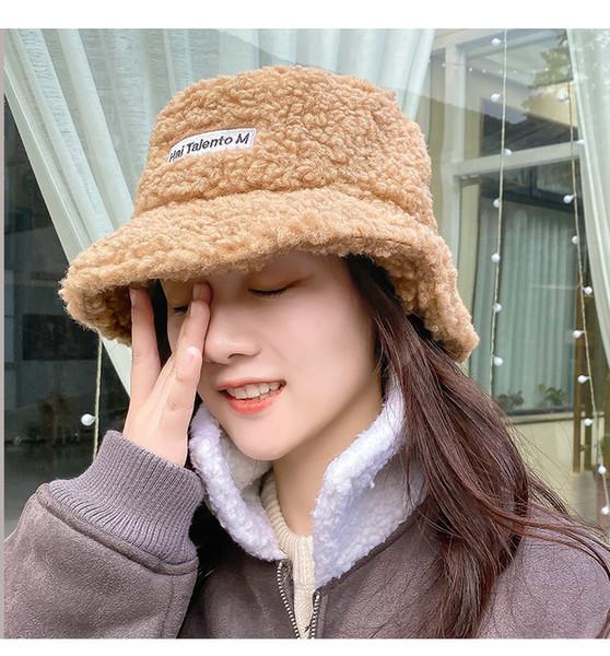 Chapeau Lady Automne Hiver net rouge Teddy pêcheur Hat coréenne en peau d'agneau sauvage Toison d'étudiants d'hiver chaud bassin Hat