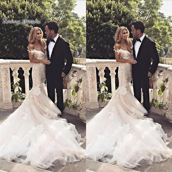 top popular 2020 Off Shoulder Appliques Mermaid Lace Bride Dress Sleeveless Sexy Bridal Gown Bridal Dress robes de mariée 2020