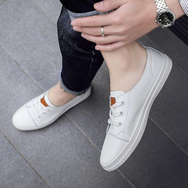 Белые туфли мужские 2019 летние новые кожаные повседневные туфли плоские дышащие мужские