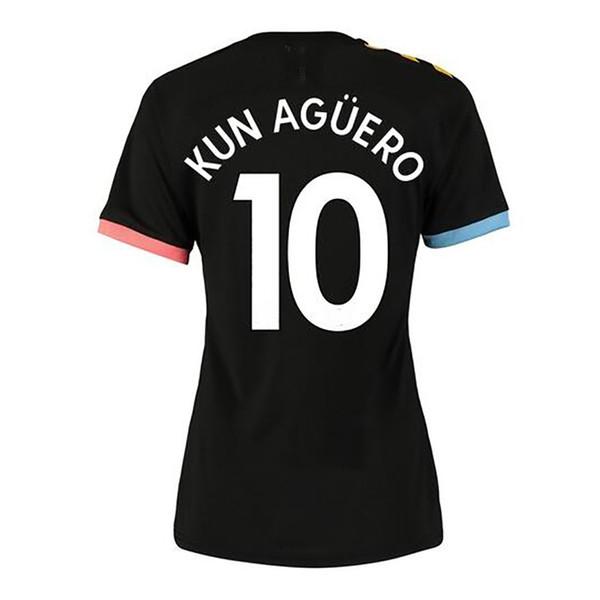 Away #10 Kun Aguero