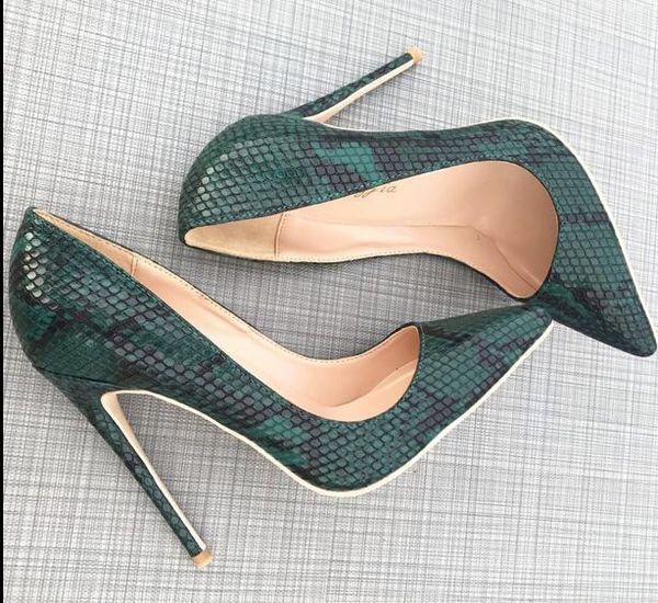 Nueva marca de moda de color rojo inferior de moda de piel de serpiente verde señaló tacones altos de las mujeres de suela roja bombas de cuero zapatos de vestir de boda