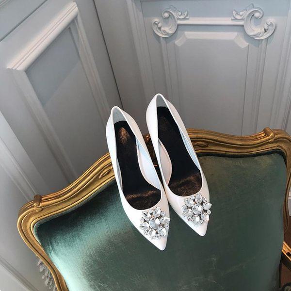 2019 primavera, verão e outono novo europeu e americano confortável sapatos de salto alto strass Cinderela apontou stiletto sapatos femininos