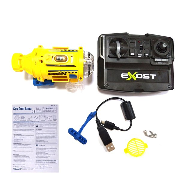 SpyCam Aqua RC Radio Control Toy Submarine 0.3MP Camera with Light up to 5M Under Water Ship for Kids