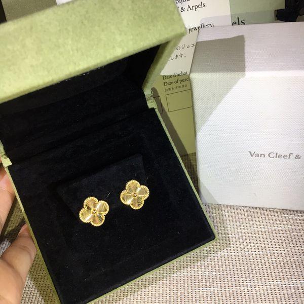 Luxuriöse Qualität Top Markenname Stud Ohrring Blume Design und Ohrring für Frauen Hochzeit Schmuck Geschenk Tropfenverschiffen