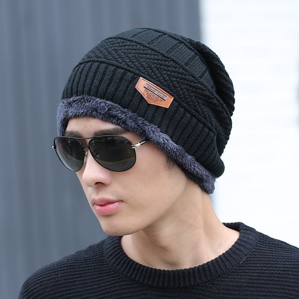 separate black hat