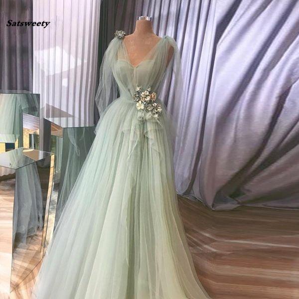 Bonito color verde menta Vestidos de noche con flores en 3D Volantes con cuello en v Una línea de vestidos de baile Escote en v con cordones Vestido de fiesta de talla grande Abendkleider