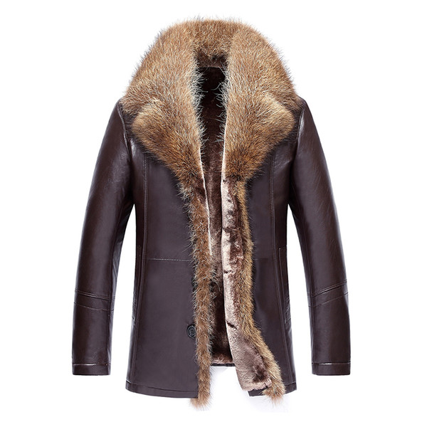2018 recién llegado de los hombres abrigo de cuero Winer chaqueta de cuero de piel de oveja de imitación abrigo largo abrigo cuello de piel de mapache forrado de piel
