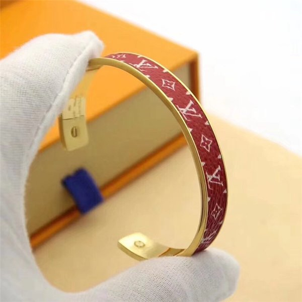box top 2019 Fashion Designer women Open Bracelet Jewelry material letter Couple brands bracelet lady jewelry Louis gift with boxes3e7f#
