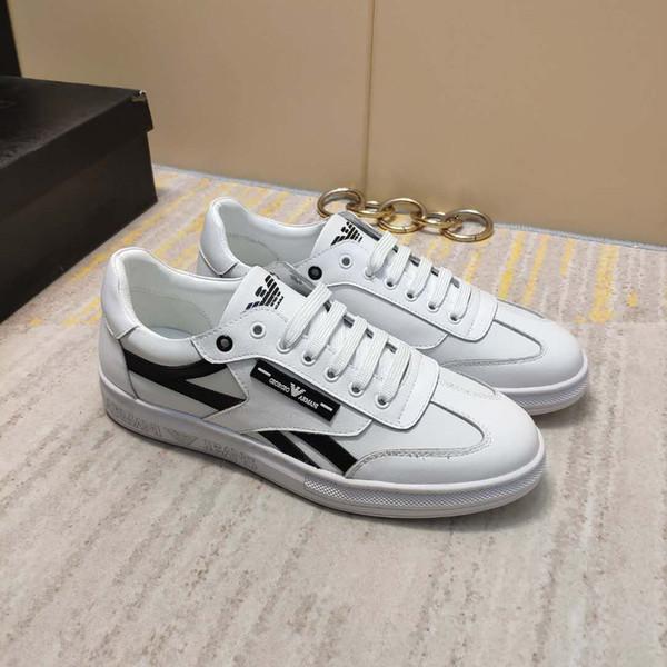 Yeni Avrupa ve Amerikan erkek spor ayakkabı deri dantel-up düşük yardımcı olmak için moda açık seyahat erkek rahat ayakkabılar ücretsiz kargo 40-44 sizeU