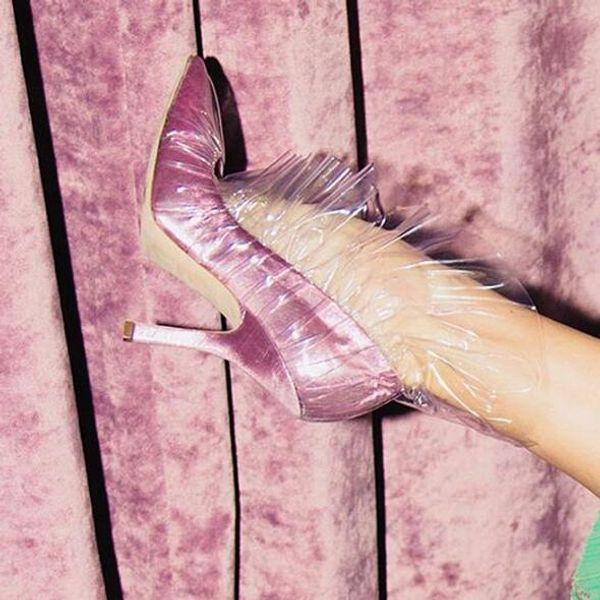 Carpaton Più recenti scarpe da donna con punta a punta in PVC Increspi Scarpe da donna sexy Slip on Thin Heels Party Dress Heels Woman Elegant Pumps