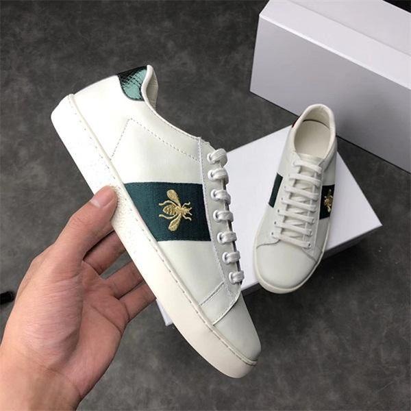 Designer de luxo Sapatos Casuais Baixa Top Itália Marca Ace Abelha Listras Sapato Andando Sports Trainers Chaussures Despeje Hommes Homens Mulheres Sneaker