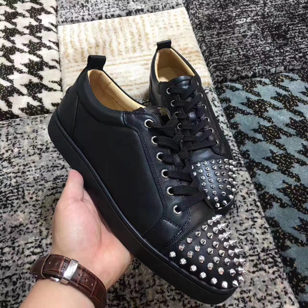 Famous Brand Spikes Toe Hot Sale Red Bottom Sneaker Men Luxury Men and Women Party Designer Studs Sneakers Low Top Red Sole Casual