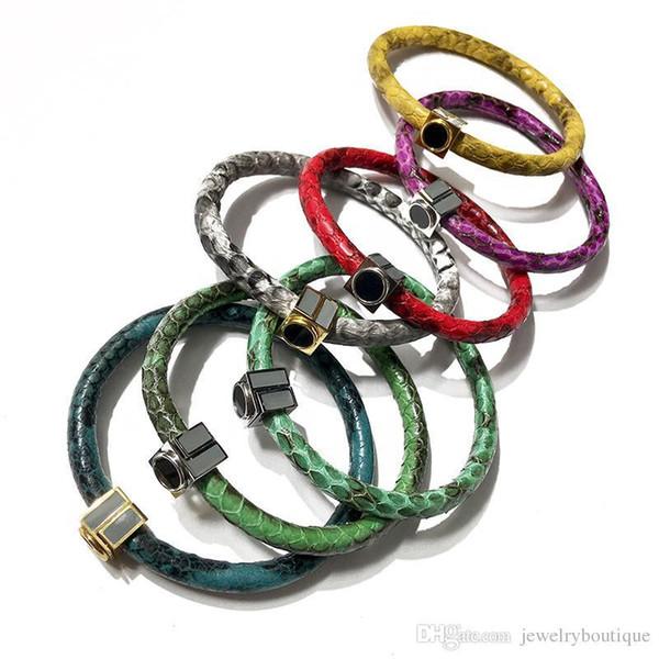 2018 Nouvel arrivant Paris style homme et femme bracelet avec bracelet en acier inoxydable amour cuir géniuine couleurs émail et longueur 18cm esprit