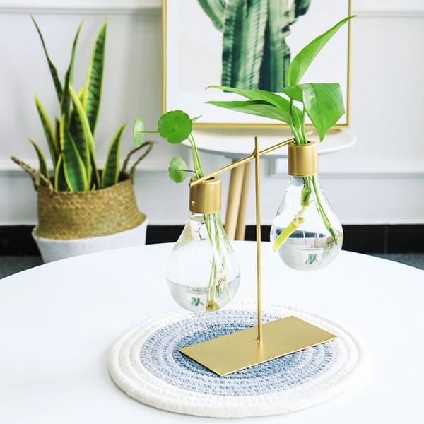 Light Bulb Shape Glass Vase Hydroponic Plant Container Wrought Iron Flower Pots Tabletop Glass Wedding Nordic Decor Desk Vases Y19062803