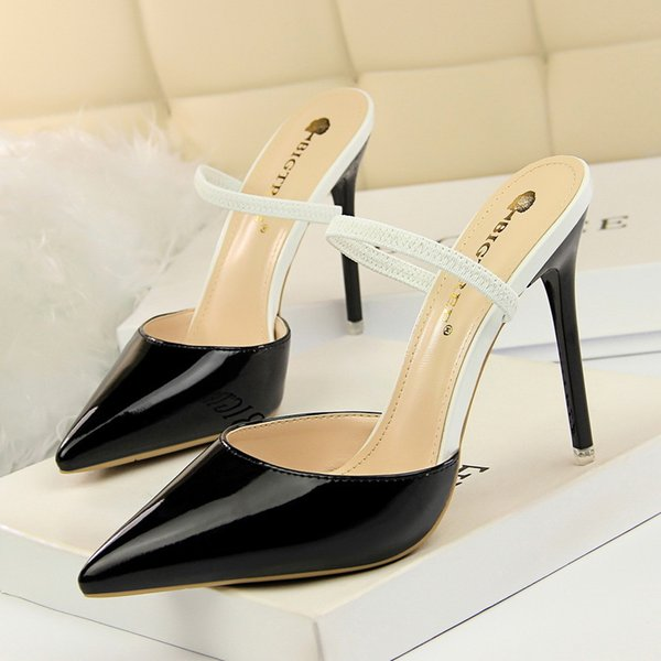 Sexy2019 86-7 Korean Pop Concise Fine With Leather Shallow Mouth Sharp Thin Baotou One Word Bring Woman Slipper
