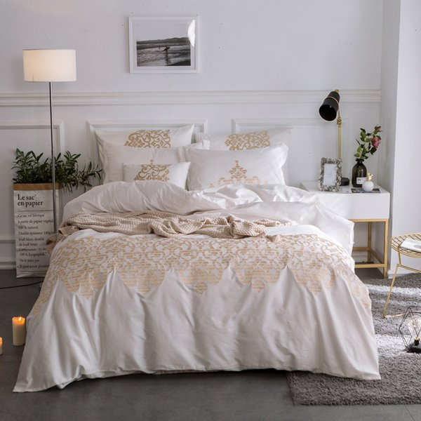 New Luxury Egyptian cotton bedding set gold embroidery white blue red duvet cover sets 4/7pcs bed linen bedclothes
