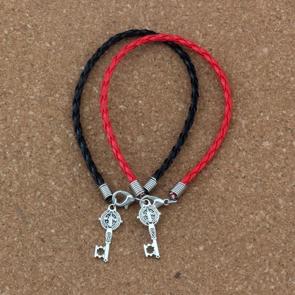 50pcs / lots bracelet en cuir Antique argent Saint Benoît Médaille Croix Clé Charmes Religieux Pendentifs Bracelet (rouge noir) B-351