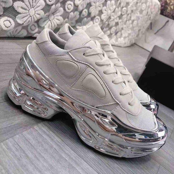 2019 nouvelles femmes de mode semelles recouvertes miroir réfléchissant les femmes creuses Raf Simon gradient coloré Ozweego chaussures de sport US13 US14 ty02