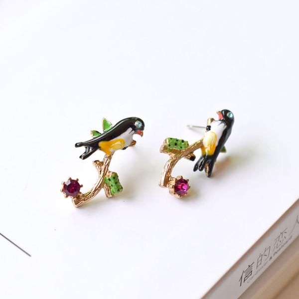 Nouveau créateur de mode boucles d'oreilles pour les femmes marque bijoux en argent 925 aiguille émail émail émail Gem Bird Swallow