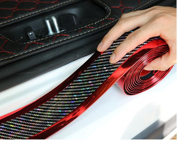 Çift taraflı Krom Parlak Genişlik 5 cm Lazer Karbon Fiber Araba Kapı Anti-step Evrensel Pedal Dekoratif Şeritler Araba Kapı Tampon Çıkartmaları
