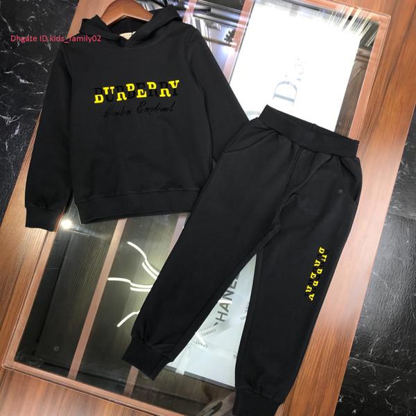 Normallackhose der Kinder stellt Kinddesignerkleidung hoodie + hose 2pcs Herbstart und weise neuen Jungen- und Mädchenstrickjackesatz ein