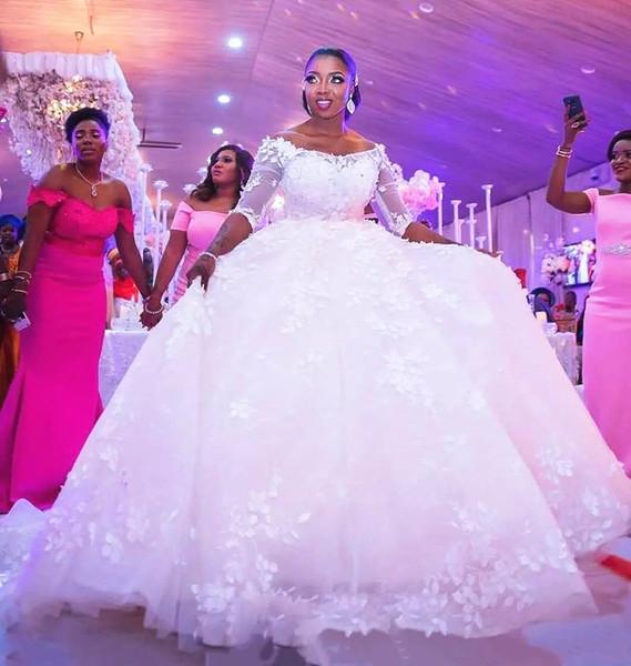 Robes de mariée pure robe demi de bal 2019 Applqiues tribunal train perlée Africaine Robes De Novia Puffy Tulle Plus La Taille Robe De Mariée