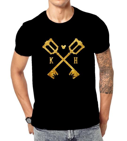 T-shirt cruzado das chaves do coração do reino para homens / mulheres