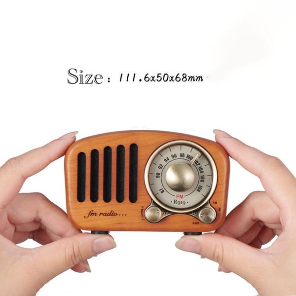 Retro Rechargeable Nostalgic Portable Radio Am Fm mini Radio with built-in speaker